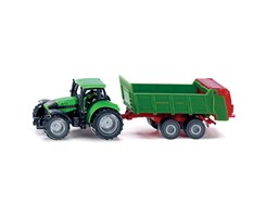 Tractor with universal manure spreader